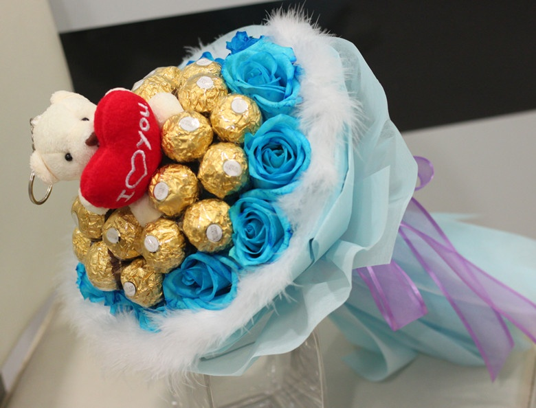 Blue Rose & Ferrero Rocher | Flower Delivery Philippines