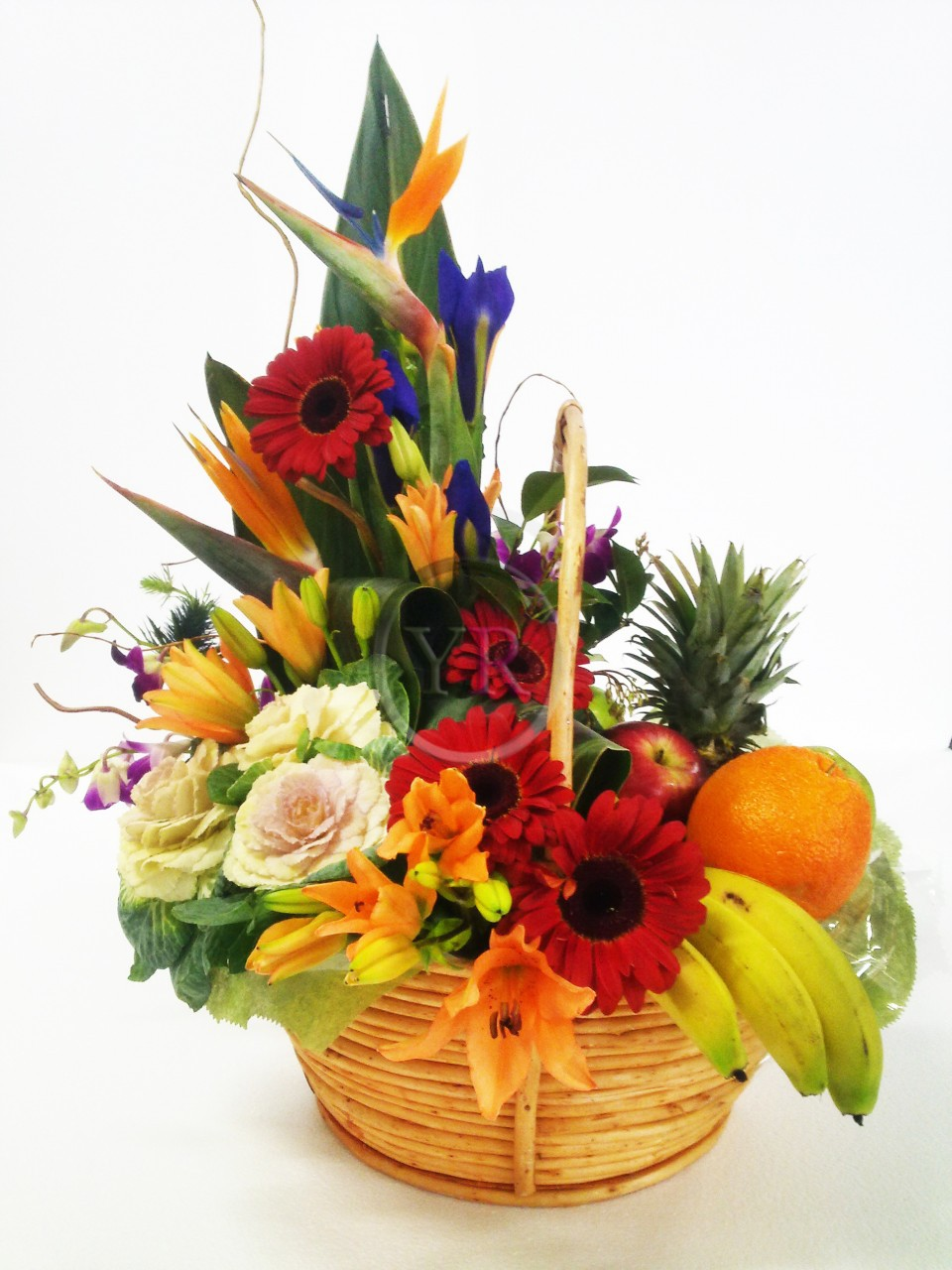 Flowers And Fruit Gift Basket Flower Delivery Philippines