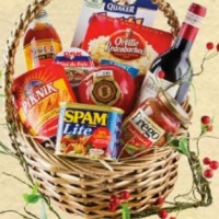 Holiday Touch gift Basket