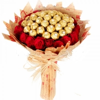 Ferrero w/24 roses bunch