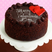 chocolate cake w/happy valentines day